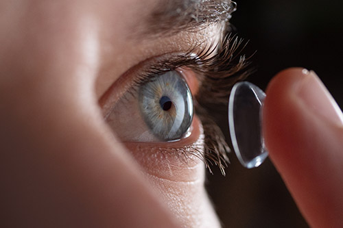 Using TriCare Vision for Contact Lenses In Arlington / Shirlington, VA